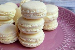 macarons-3586136__340